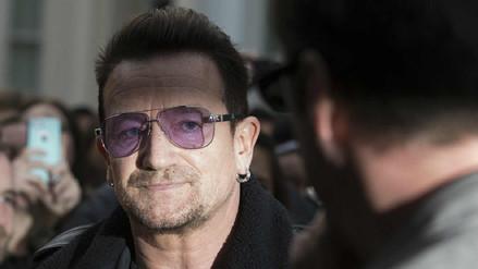Bono, líder de U2, pide disculpas por las acusaciones de acoso en su ONG
