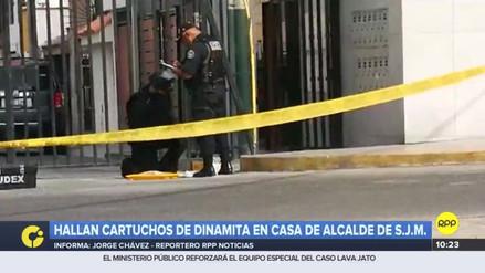 Dejan cartuchos de dinamita afuera de la casa del alcalde de San Juan de Miraflores