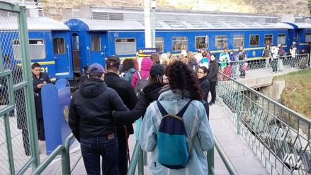 Se restableció servicio de trenes a Machu Picchu tras disminución de caudal del río Vilcanota
