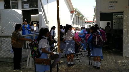 Más de 1000 alumnos estudian en condiciones inadecuadas por obras paralizadas