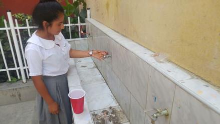 Alumnos perjudicados tras corte de agua en colegio Nicolás La Torre