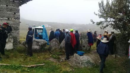 Hallan cadáveres de padre, esposa e hijo en una casa de Cajamarca