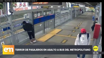 Capturaron a dos de los delincuentes que asaltaron un bus del Metropolitano