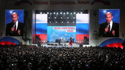 Vladimir Putin cierra su campaña presidencial alentando a votar a la ciudadanía