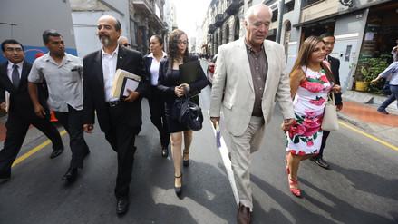 Miembros de la Comisión Lava Jato fueron a pie desde el Congreso hasta Palacio de Gobierno