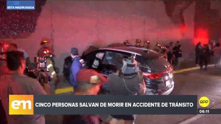 Cinco heridos en un violento accidente de tránsito en la Vía Expresa