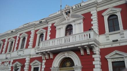 Solo cuatro funcionarios ediles devuelven bono cobrado ilegalmente