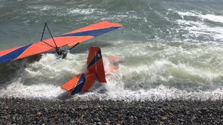 Una aeronave cayó a una playa de Barranco durante un festival aerodeportivo