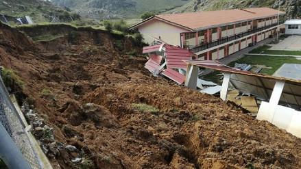 Deslizamiento afectó centro educativo en Apurímac