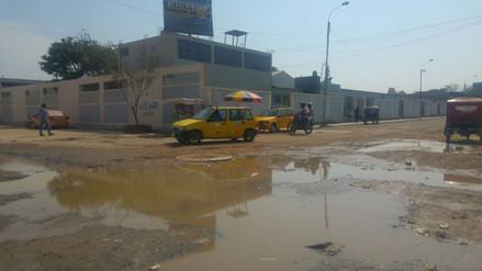 Seis colegios de Leonardo Ortiz afectados por colapso de redes de desagüe