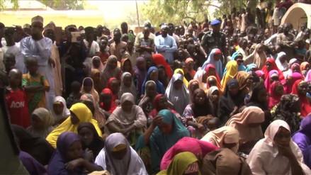 Nigeria confirmó la liberación de 76 niñas raptadas por Boko Haram