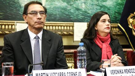 Verónika Mendoza pide que Vizcarra asuma la Presidencia y convoque a elecciones generales