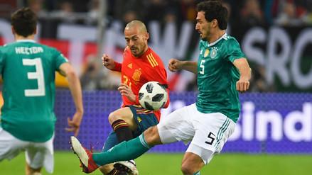 Alemania y España empataron en el duelo entre los últimos campeones del mundo