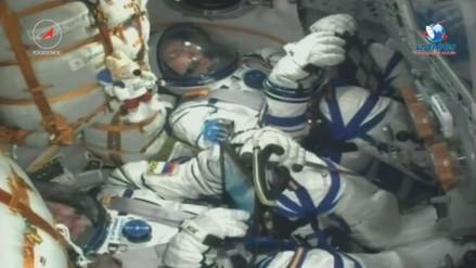El balón del Mundial viajó al espacio en una nave rusa