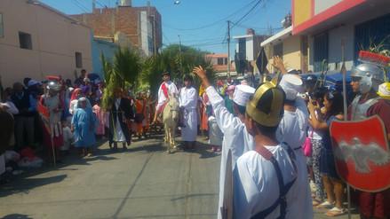 Ochenta niños chiclayanos escenificaron entrada de Jesús a Jerusalén