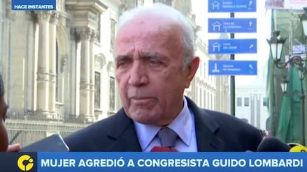 El congresista Guido Lombardi fue agredido mientras declaraba a la prensa