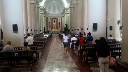 Gran concurrencia de fieles católicos en iglesias de Chiclayo
