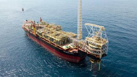 Ex presidente de Perupetro defendió concesiones petroleras firmadas por Kuczynski