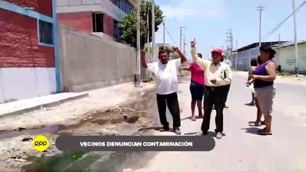 Aguas arrojadas de camales clandestinos afectan a vecinos de Castilla