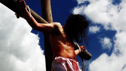 Semana Santa: Así se realiza el vía crucis más alto del mundo en Huancavelica
