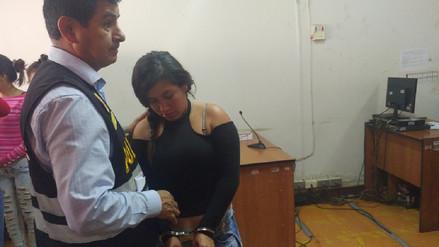 Ordenan nueve meses de prisión para mujer investigada por extorsión
