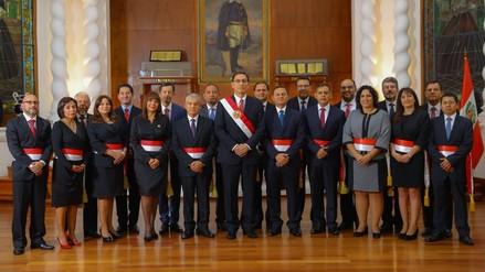 El nuevo gabinete juró en Palacio de Gobierno
