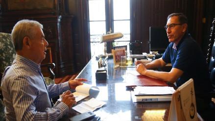 Enrique Castillo: Vizcarra tiene que definir su relación con Peruanos por el Kambio