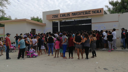 Padres exigen separación de director acusado de irregularidades en Piura