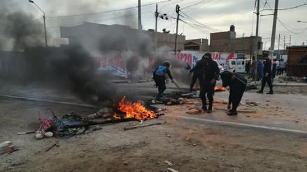 Pescadores artesanales bloquearon carretera Pisco - Paracas