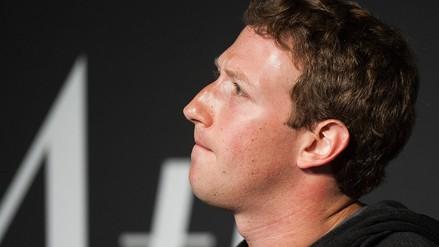 Mark Zuckerberg dijo que aún es la persona adecuada para dirigir Facebook