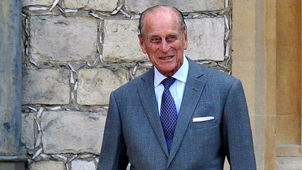 El duque de Edimburgo es sometido a una operación de cadera a los 96 años