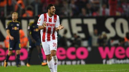 Claudio Pizarro jugó en el empate del Colonia, el nuevo colero de la Bundesliga