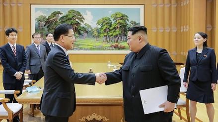Las dos Coreas se reunirán este sábado para instalar una línea telefónica entre Kim y Moon