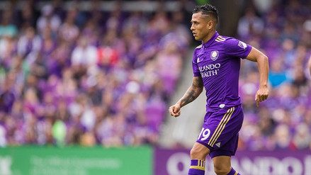 Video | Yoshimar Yotún le ganó el duelo a Andy Polo en la MLS