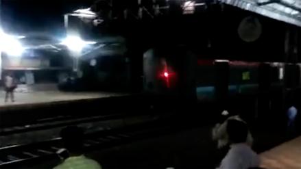 Un tren a la deriva lleno de gente recorrió 12 kilómetros en reversa en India