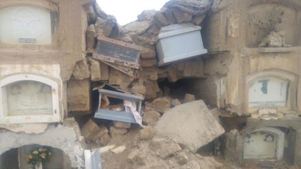 Tumbas del cementerio de Monsefú quedan expuestas tras colapso por lluvias