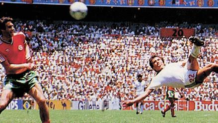 Gol de tijera de Manuel Negrete fue escogido el mejor de todos de los mundiales