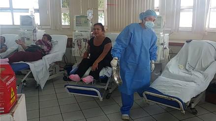 Doce pacientes esperan recibir trasplante de riñón en el hospital AAA