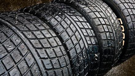 La combustión de neumáticos produce más de 34 compuestos químicos que afectan a la salud