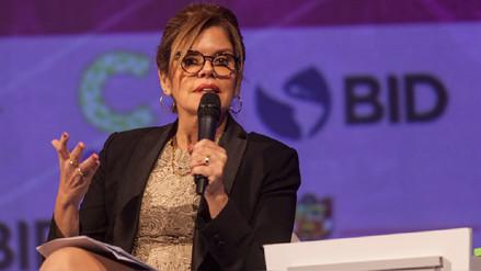 Mercedes Aráoz: Participación equitativa de la mujer en el trabajo reduce violencia de género