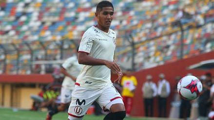 Roberto Siucho falló una inmejorable ocasión de gol de cara al arco