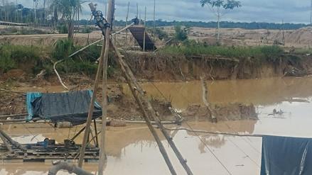 Destruyen nueve motores y 10 balsas utilizadas por la minería ilegal en La Pampa