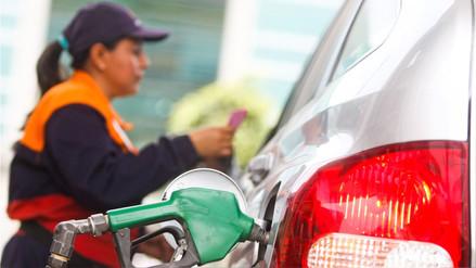 MEF evalúa elevar impuestos a gasolinas más contaminantes