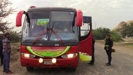 Filman a pasajeros de buses por incremento de asaltos en Ascope