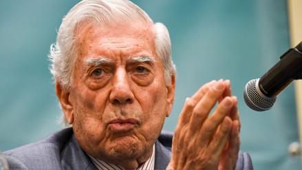 Mario Vargas Llosa: Más de 2.800 libros del Nobel de Literatura llegan a Arequipa