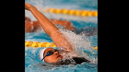 Nadadora trujillana bate dos récords nacionales