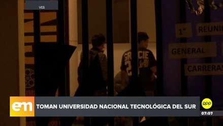 Estudiantes de la UNTELS tomaron campus y denunciaron irregularidades