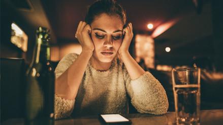 El consumo de bebidas alcohólicas tiene relación con el síndrome premenstrual, según estudio