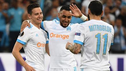 Marsella sufrió al final pero venció 2-0 al Salzburgo en Francia