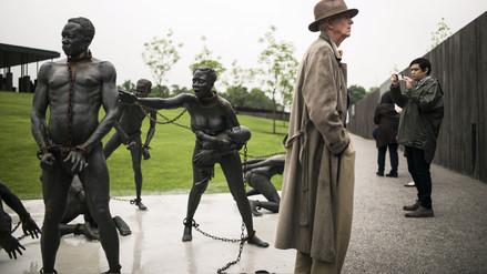 Inauguran memorial en homenaje a afroamericanos linchados en Estados Unidos